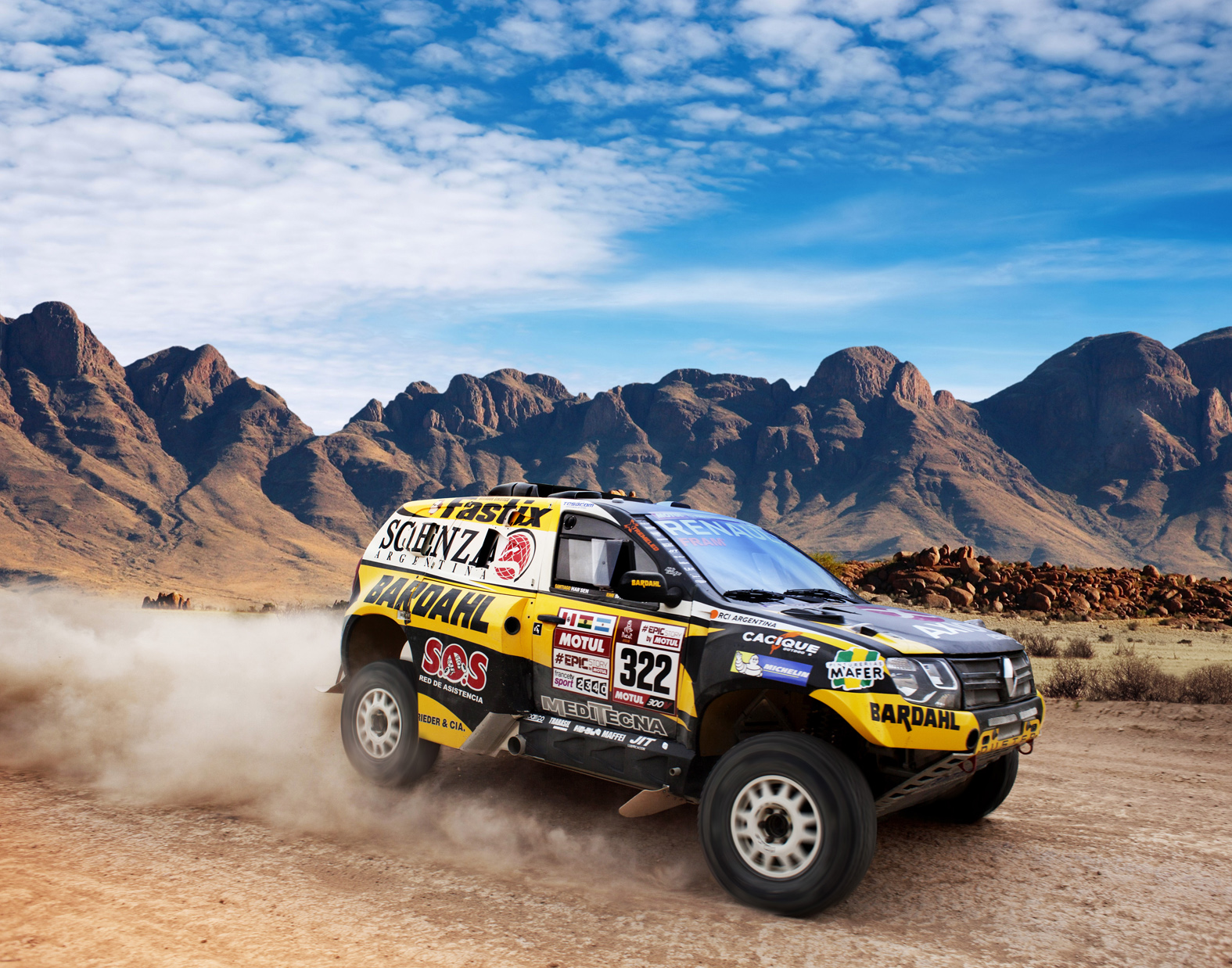 renault-duster-dakar-team-5